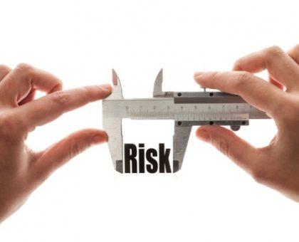 Стратегии ставок с минимальным риском